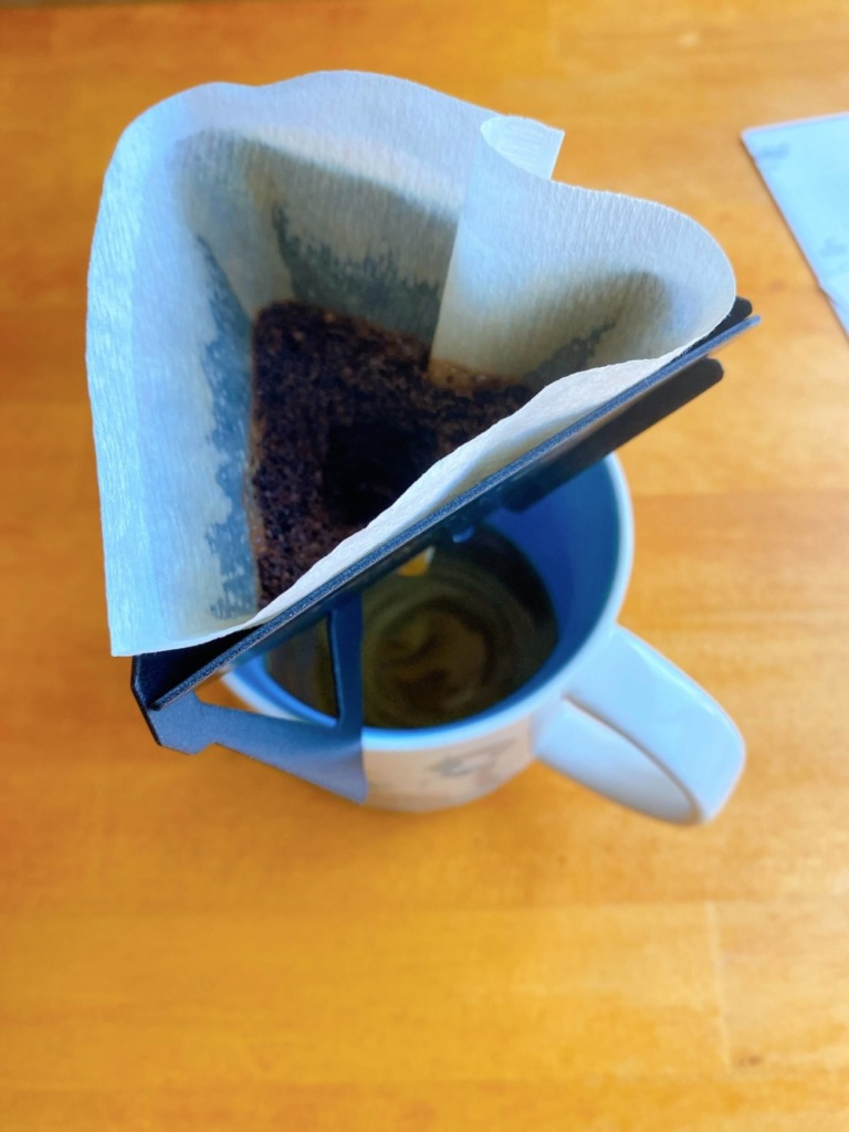 コーヒーを蒸らす