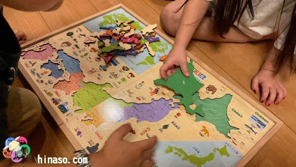 木製パズル日本地図実際に遊んでいる